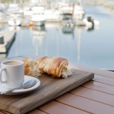 Oak Bay Marina - Dockside Eatery